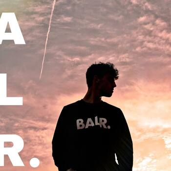 Special SUNSETS for special PEOPLE with B A L R.   #newarrivals #balr #sunset #sunsetlovers #fashionstyle #casuallook #aprovechaahora #newbrands📦 #ss21collection  #bestbrandsshop #nuevoproyecto #ecommercebusiness #casapujolshoponline #yadisponible #aviatmésimillor #devolucionsincosto #bestbrandsshop #casapujolreus #italianstyle🇮🇹
