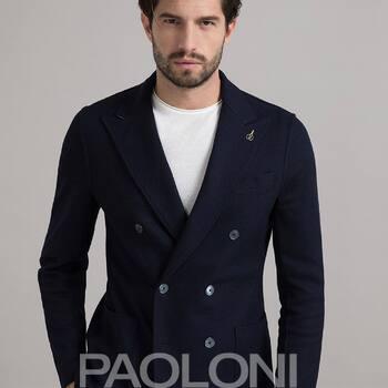 """LA GIACCA PAOLONI  YA! en nuestra tienda Monterols,37 REUS y también en nuestra tienda """"online"""" www.casapujol.com . . #newarrivals #paolonistyle #doppiopetto #linoalgodon #tshirt #fashionstyle #casuallook #aprovechaahora #ss21collection  #bestbrandsshop #colorespastel #nuevoproyecto #ecommercebusiness #casapujolshoponline #yadisponible #aviatmésimillor #devolucionsincosto #bestbrandsshop #casapujolreus #italianstyle🇮🇹"""